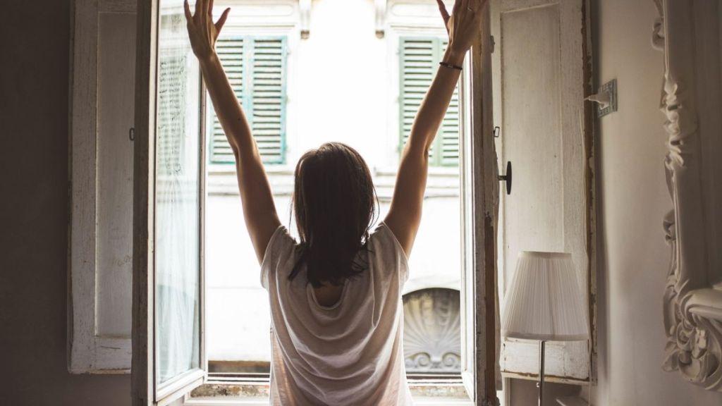 tener las ventanas abiertas reduce las particulas de covid-19