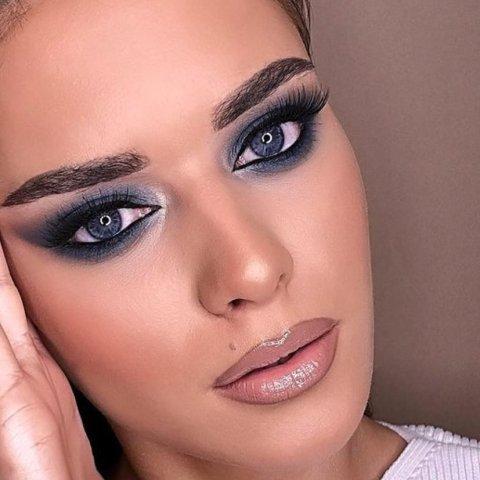 como maquillar parpados caidos mujeres de más de 40