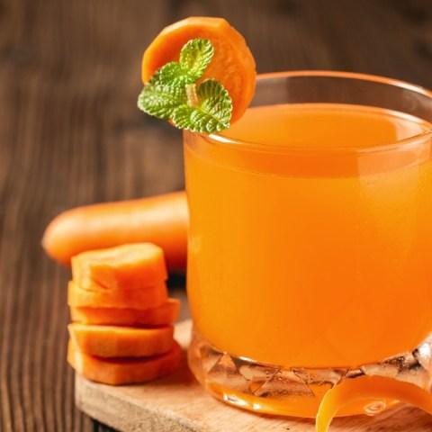 Jugo de zanahoria beneficios