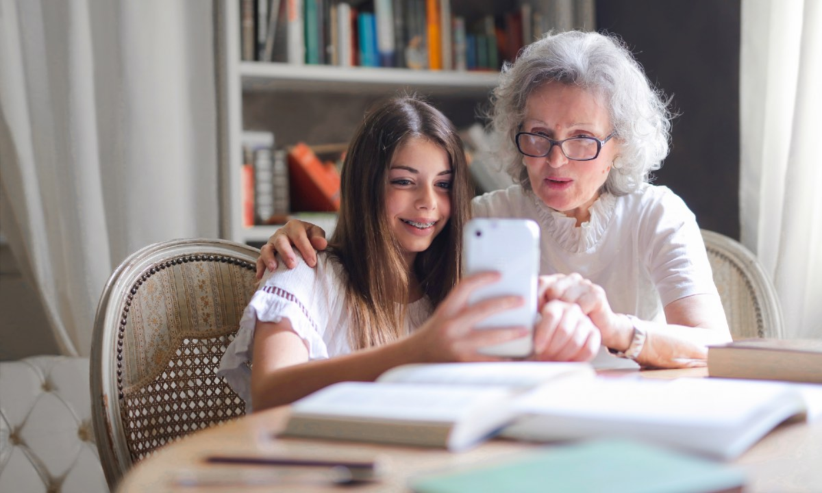 abuelos que pasan tiempo en familia viven más tiempo