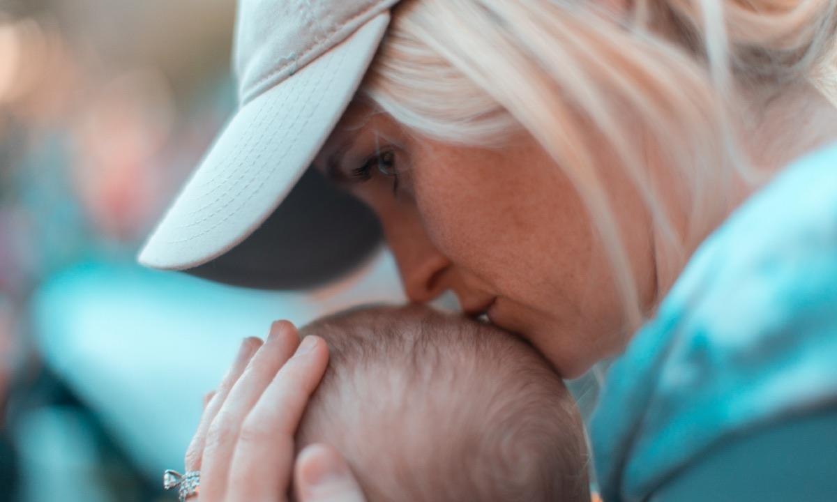 hijos generosos madres cariñosas y empáticas