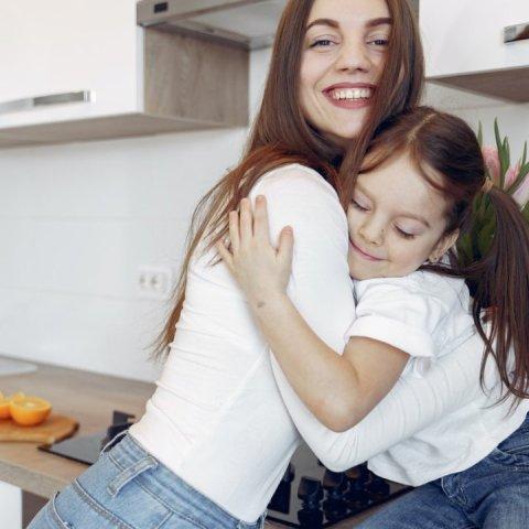 mamás solteras tienen menos quehacer