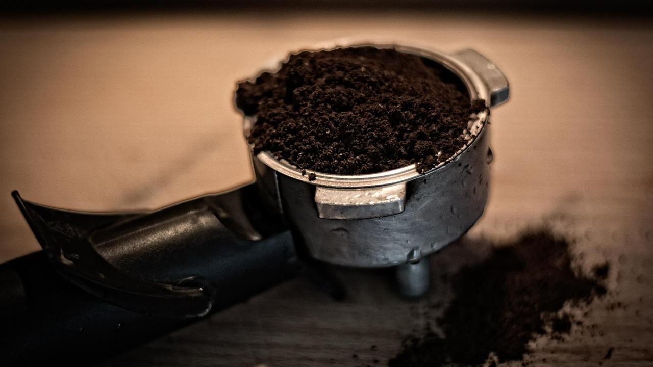 Kaffeesatz Kaffeerückstände Hausmittel