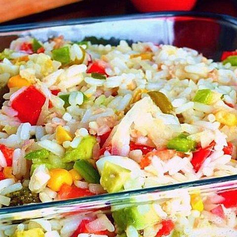 cómo hacer ensalada de arroz receta fácil económica sabrosa