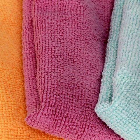 cómo lavar desinfectar trapos de microfibra limpieza del hogar