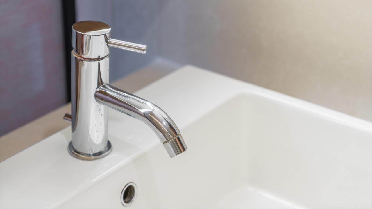 quitar óxido llaves grifos casa remedios caseros limpieza