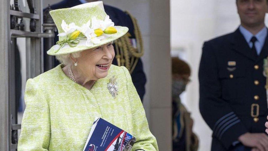 reina isabel II va a fallecer predicciones mhoni vidente