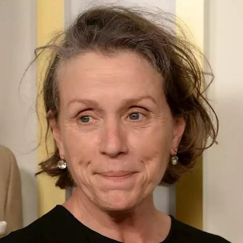 Frances McDormand Nomadland ni maquillada ni peinada Oscars