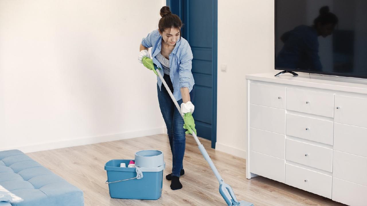 beneficios de trapear casa con canela y vinagre