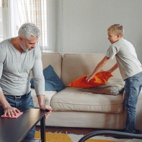 el secreto para no arruinar tus muebles y electrodomésticos al limpiarlos