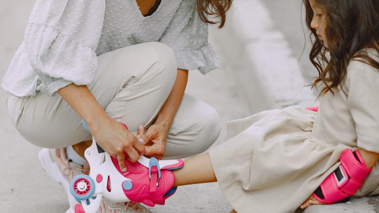 mamas sobreprotectoras dañan a sus hijos