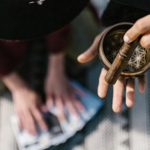 Ritual de Mhoni Vidente para deshacerte del mal de ojo mala energía
