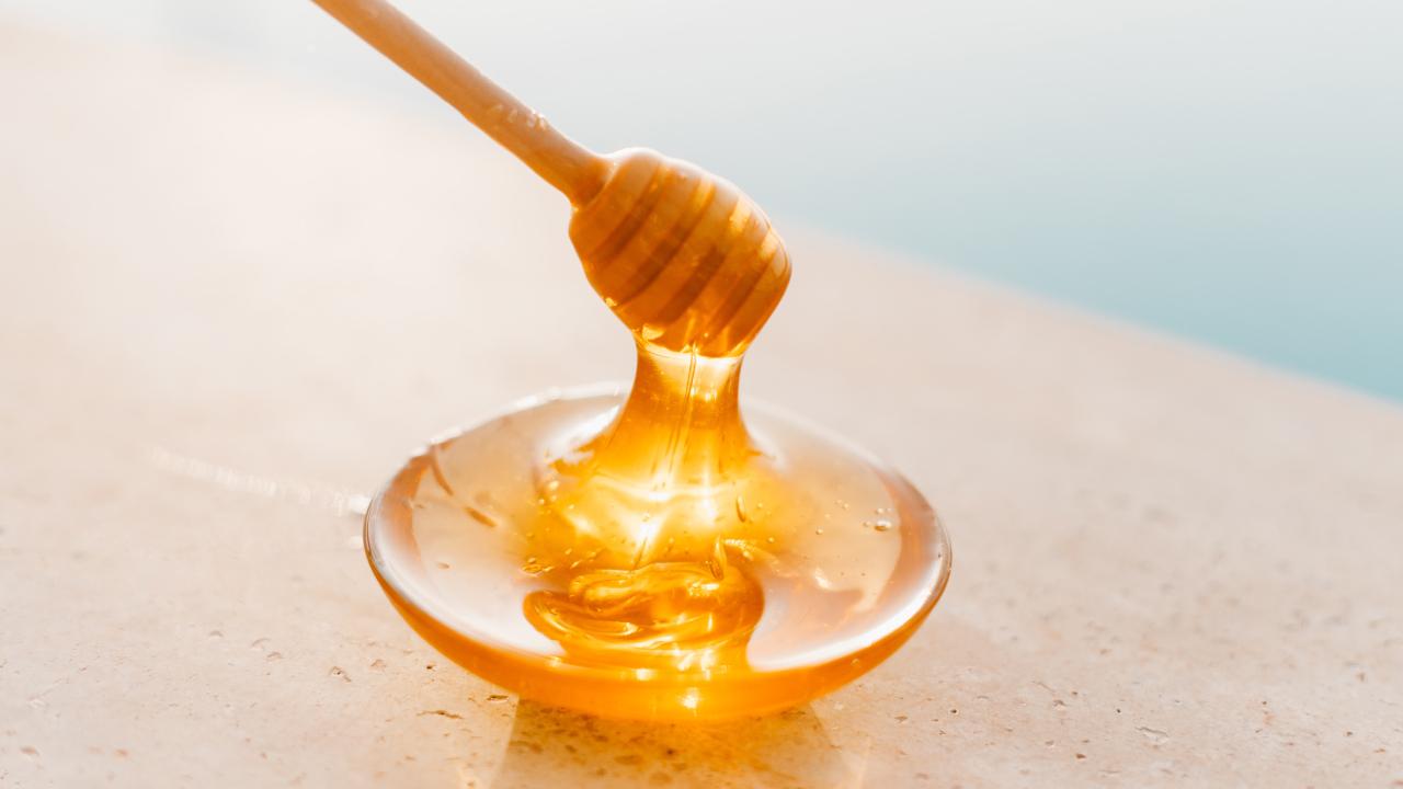 Miel para eliminar el vello del cutis