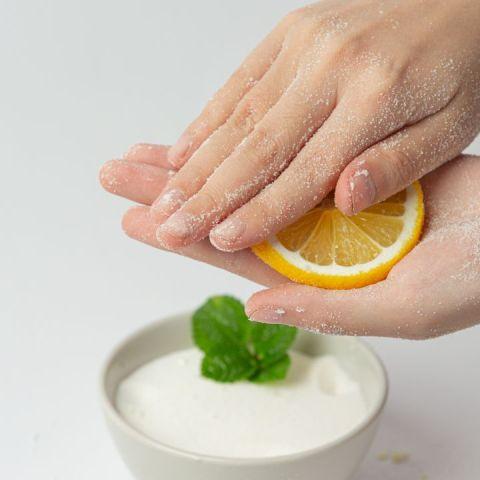 Bicarbonato para rejuvenecer la piel de las manos