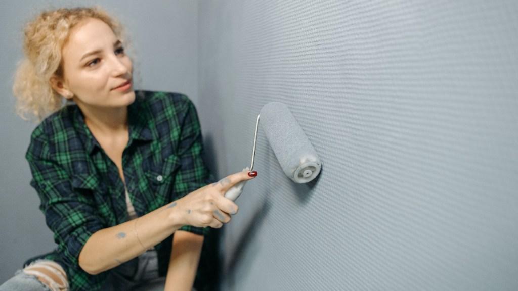 como pintar pared de cemento