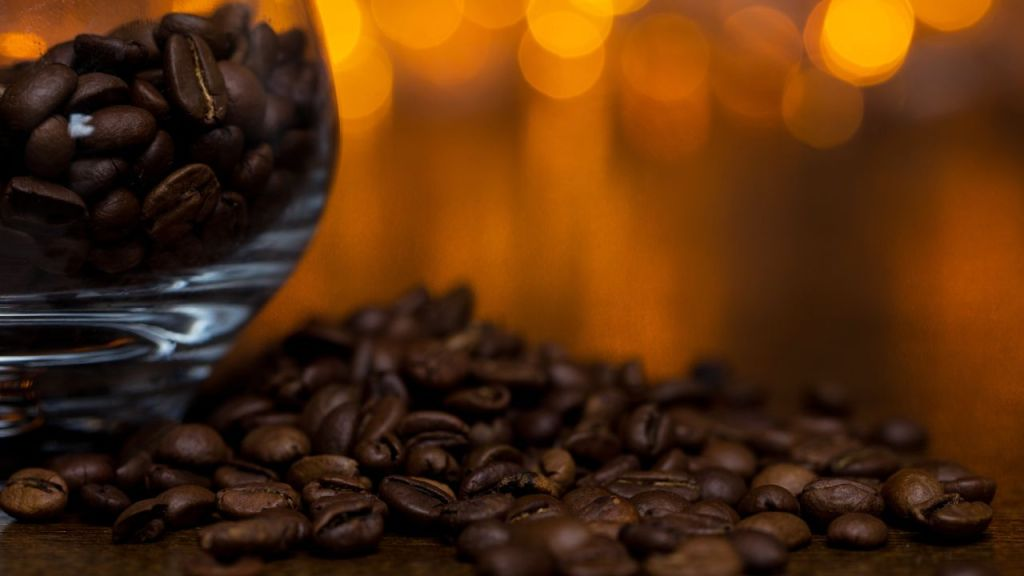 Beneficios de quemar café en la casa
