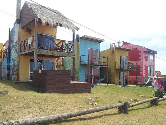 Preciosas casitas repartidas por todo Punta del Diablo