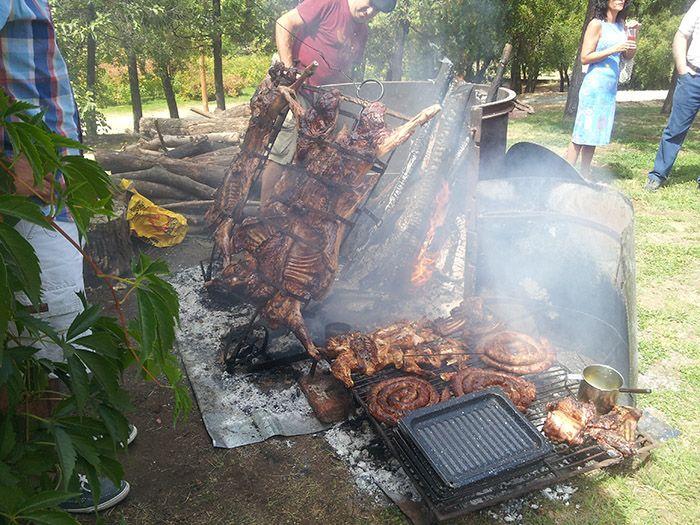 ¡Asado de corderos patagónicos! mmmm... BUENÍSIMOS