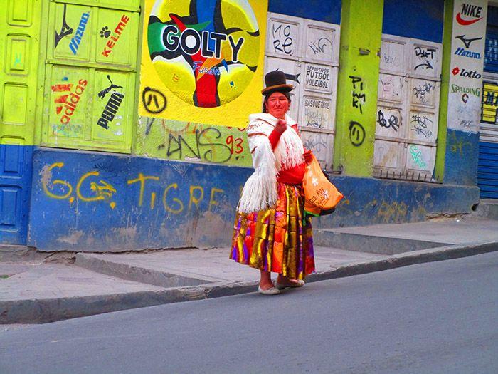 Cholita en La Paz, Bolivia
