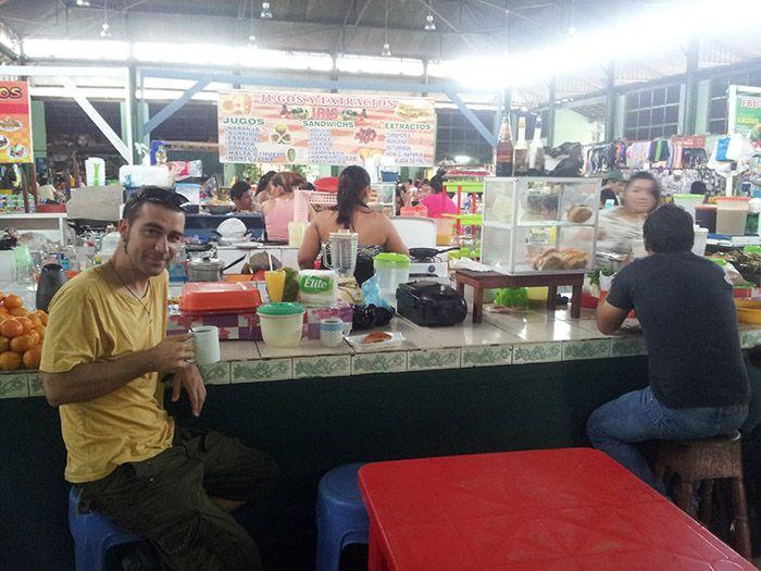 Mercado central de Iquitos ¡el mejor lugar para desayunar y comer!