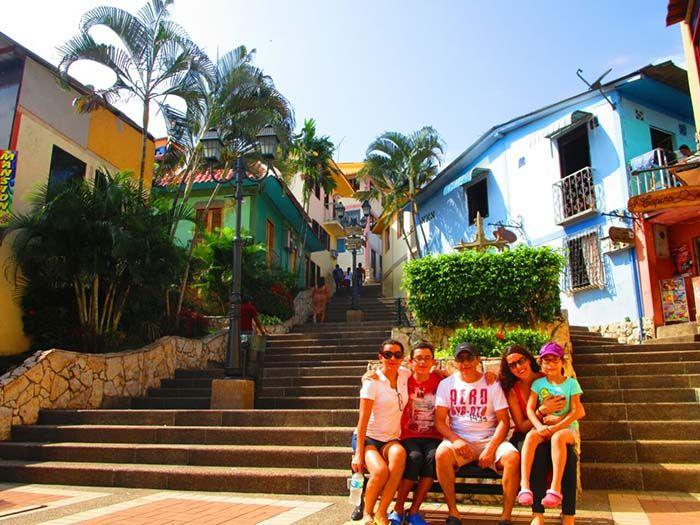 Colorido Barrio de Las Peñas, en Guayaquil