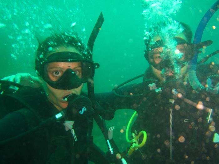 No es fácil posar debajo del agua ¿eh?