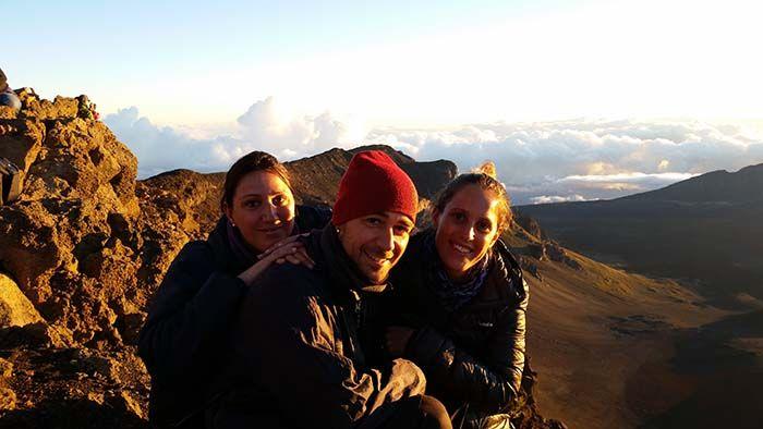 Viendo el amanecer en el cráter del volcán Haleakala con la mejor de las compañías