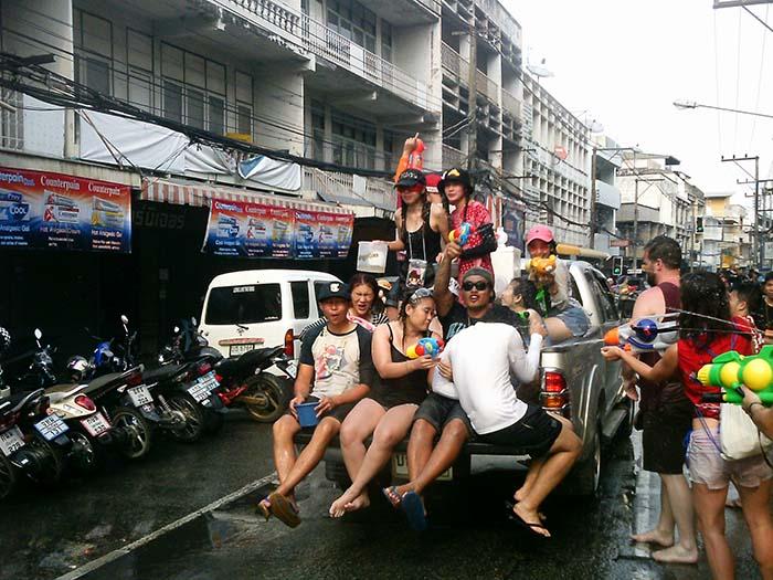 Festival del agua en Chiang Mai Tailandia