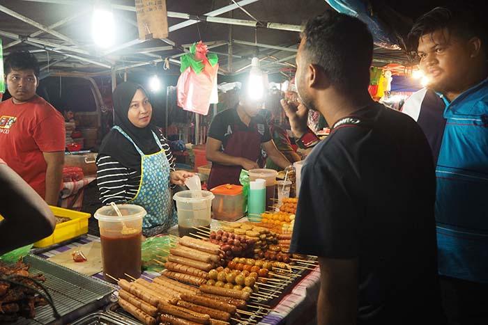 Night Market Pantai Cenang Langkawi
