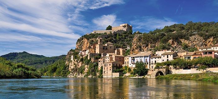 Top 9 pueblos bonitos de Cataluña. Miravet