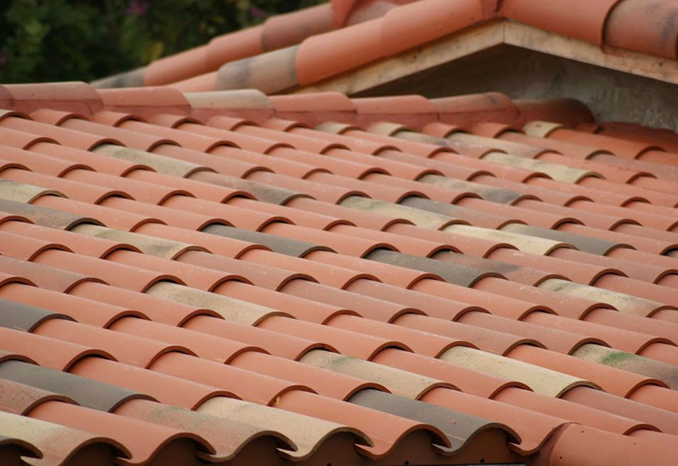 can you paint terracotta roof tiles