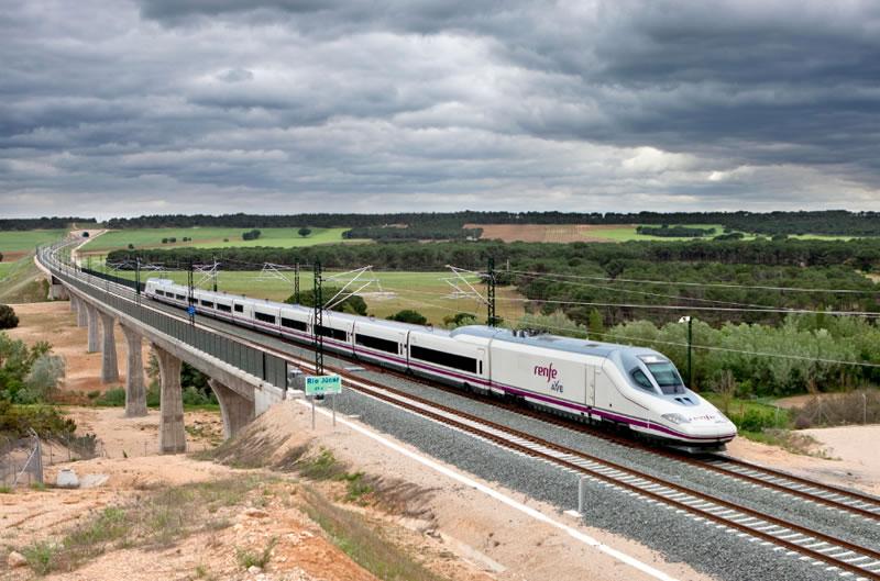 https://i2.wp.com/www.vivireltren.es/wp-content/uploads/2012/05/AVE-Madrid-Valencia-S-112.jpg