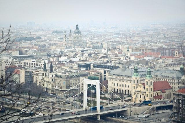 Estudiar con beca en Hungría