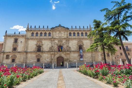 Universidad de Alcalá y sus becas para estudiar en España