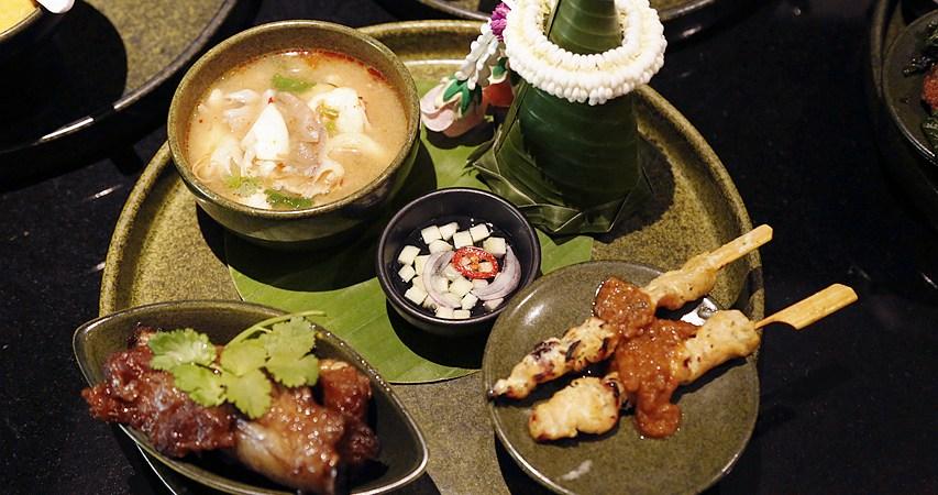 CENTRAL EMBASSY,Smooth Curry,四面佛,曼谷泰式料理,曼谷美食,曼谷酒店,曼谷雅典娜廣場皇家艾美酒店,曼谷飯店,泰國旅遊,泰國曼谷 @VIVIYU小世界
