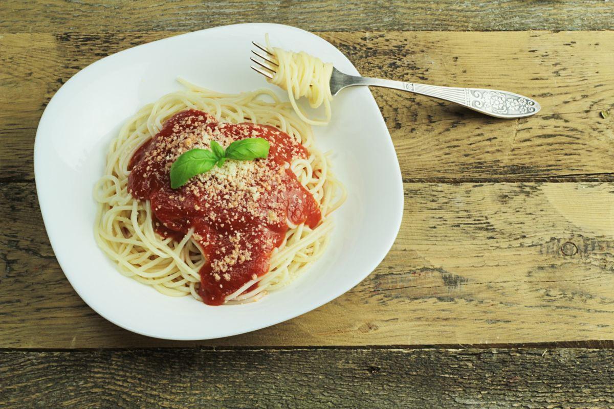 Kun je pasta (koolhydraten) eten en toch afvallen?