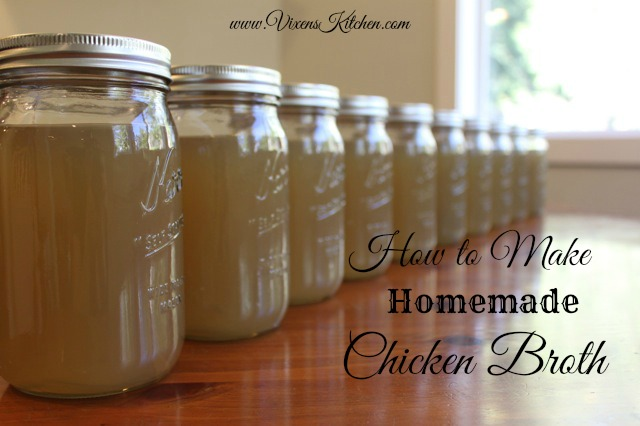 How to Make Homemade Chicken Broth | vixenskitchen.com