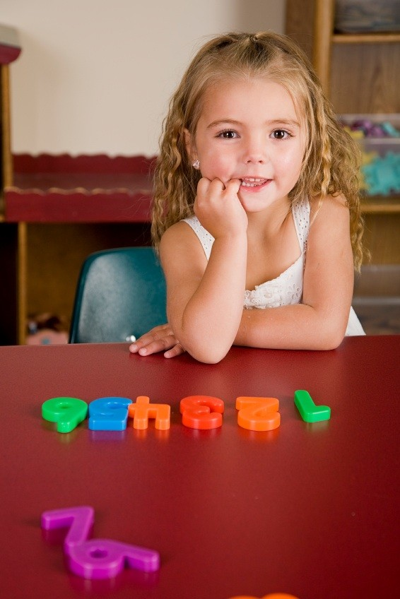 cute-girl-with-letters