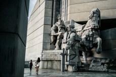 I monumenti o li famo grossi o sennò è tutto vano. Qui ne trovate degli altri > http://yomadic.com/bulgarian-communist-monuments/