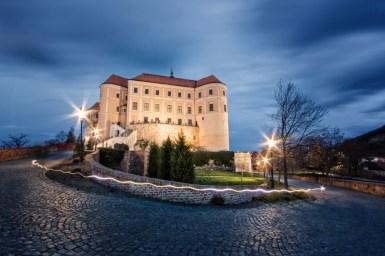 Mikulvská zámek