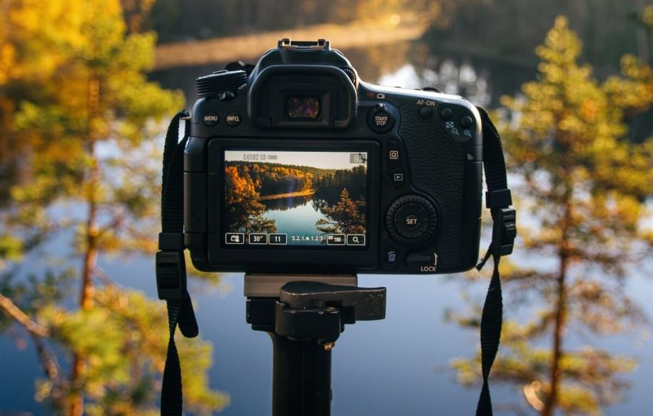 Best Canon Cameras For Landscape Photography in 2021
