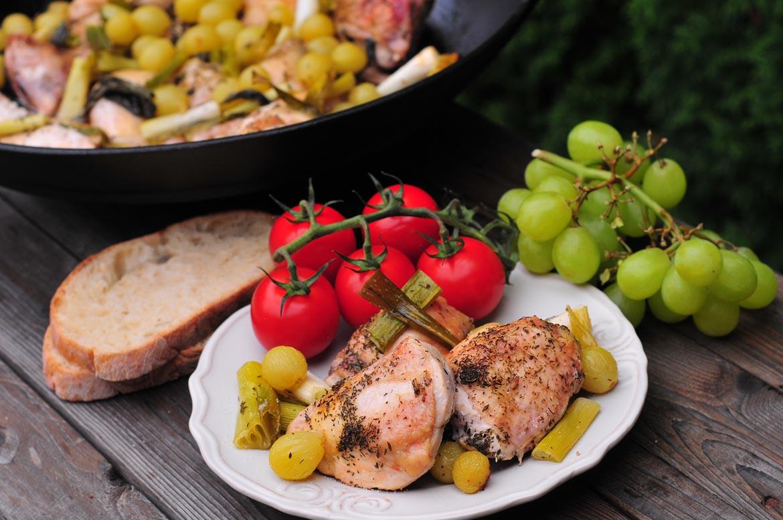 toskánske kura na grile rajčiny hrozno