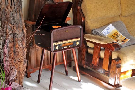 retro gramorádio Sencor STT 019U