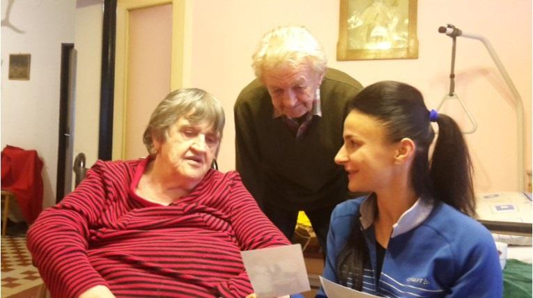 Vnučka Janka so svojimi klientmi. Archív: Jana Danišová