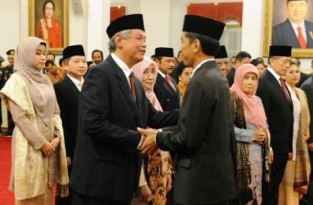 Apiang Bos Judi Jadi Penasihat Jokowi, Bencana Apa Lagi yang Akan Ditimpakan ke Bangsa Ini?
