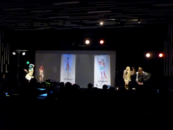 World Vocaloid Dance 01 performing