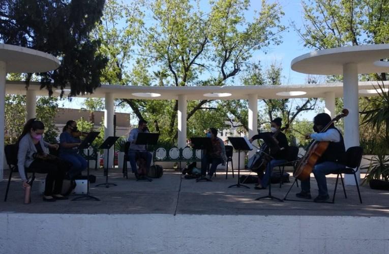 Comparte Orquesta Filarmónica de Chihuahua música al aire libre