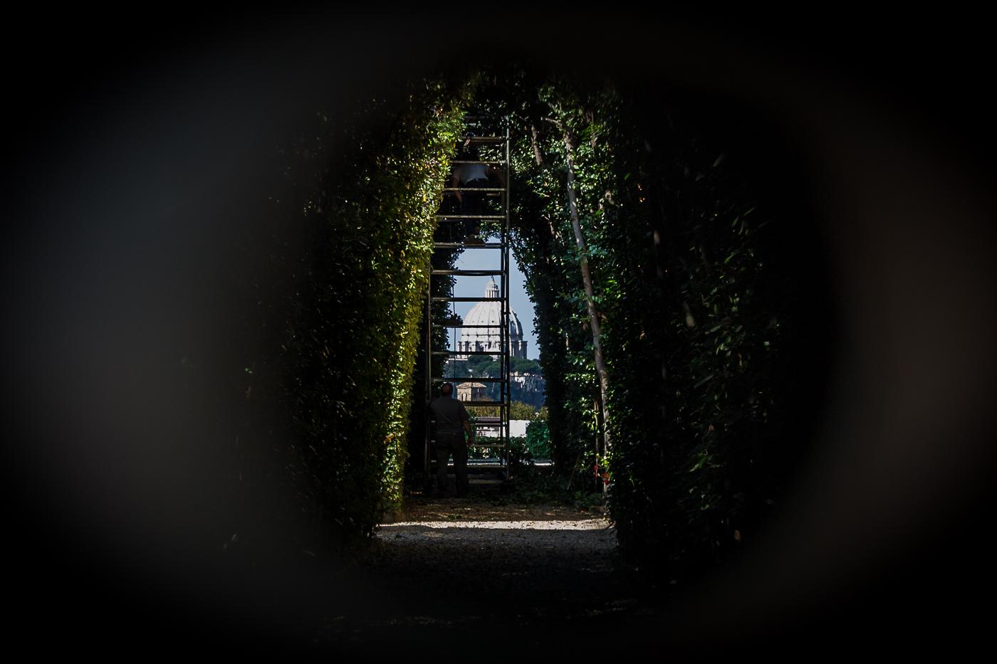 Park pomorandži - pogled kroz ključaonicu malteškog viteškog reda (foto: Vodič kroz Rim)