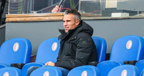 Robin van Persie, Nourdin Boukhari en 62 anderen starten aan UEFA A-cursus