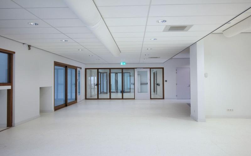 https://i2.wp.com/www.vogelsprojecten.nl/wp-content/uploads/2017/10/1-Systeemplafond-slider-impressies.jpg?w=1140&ssl=1